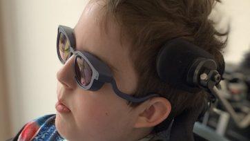Een bril op maat voor afwijkende gezichtsvormen